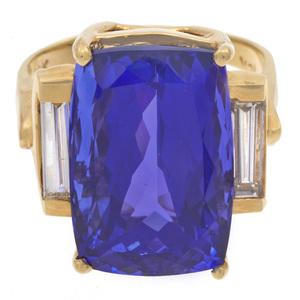 Tanzanite, Diamond, 18k Yellow Gold Ring