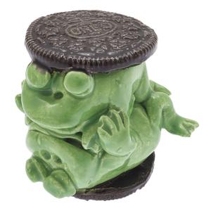 David James Gilhooly III, Oreo Cookie Frogs