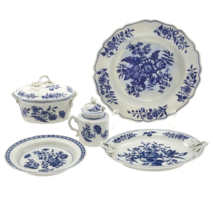 Worcester 18th Century Blue and White Porcelain