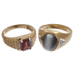 Collection of Two Gent's 10k Yellow Gold Rings