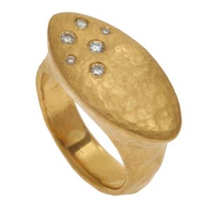 Yosi Harari Diamond, 22k Yellow Gold Ring
