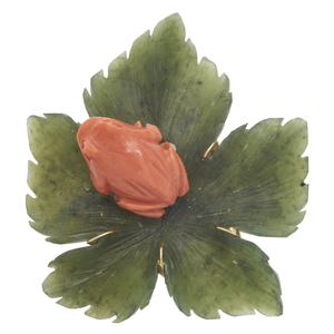 Coral, Nephrite, 14k Yellow Gold Pin