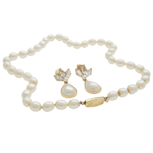 Collection of Pearl, White Topaz, 18k, 14k Jewelry