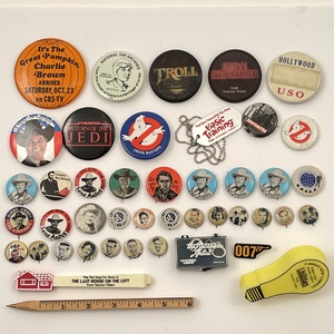 40 Vintage Hollywood Film and TV Promo and Button Lot