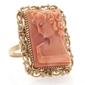 Coral Cameo, 18k Yellow Gold Ring